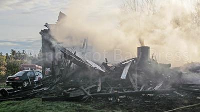 WP-Ken-Rose-Farm-fire-destroyed-110316-AB