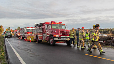WP-Ken-Rose-Farm-fire-fire-trucks-110316-AB