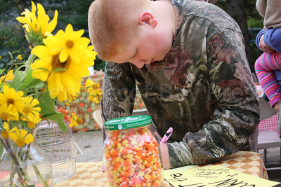 WP-Surry-fall-festival-candy-corn-100616-AB