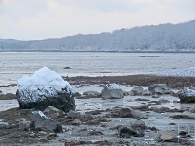 CP-snow-photos-rocks-011615-AB