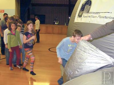 CP-Pen-planetarium-visit-Jake-Lepper-Ella-Hutchins-Iris-Kimball-Thiago-Barrett-Perreira-011416-ML