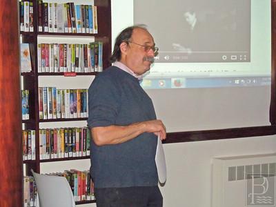 CP-Pulitzer-prize-Michael-Grillo-leading-discussions-021116-ML