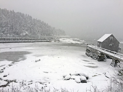 IA-Snow-pics-dock-021116-LR