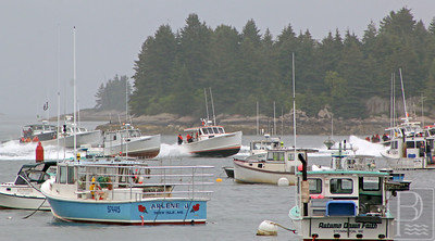 IA-Ston-lobster-boat-races-spectators-and-racers-071416-ML