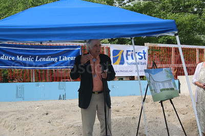 WP-Bagaduce-Lending-Library-groundbreaking-ceremony-Ralph-Chapman-072116-ML