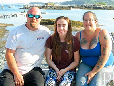 IA-Savannah-Lowrey-w-parents-062316-ML