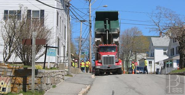 IA-big-dump-truck-one-051916-AB