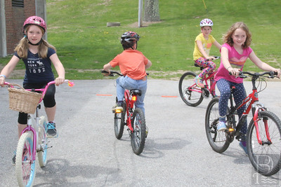 CP-Adams-School-bike-rodeo-Hazel-Dylan-Charlotte-Caitlin-052616-ML