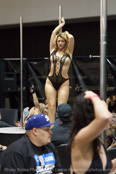 Adultcon_Dec_2016_IMG_0926_RR