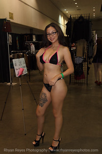 Adultcon_Dec_2016_IMG_0853_RR
