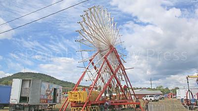 WP-BHF-set-up-wheel-sky-090116-AB