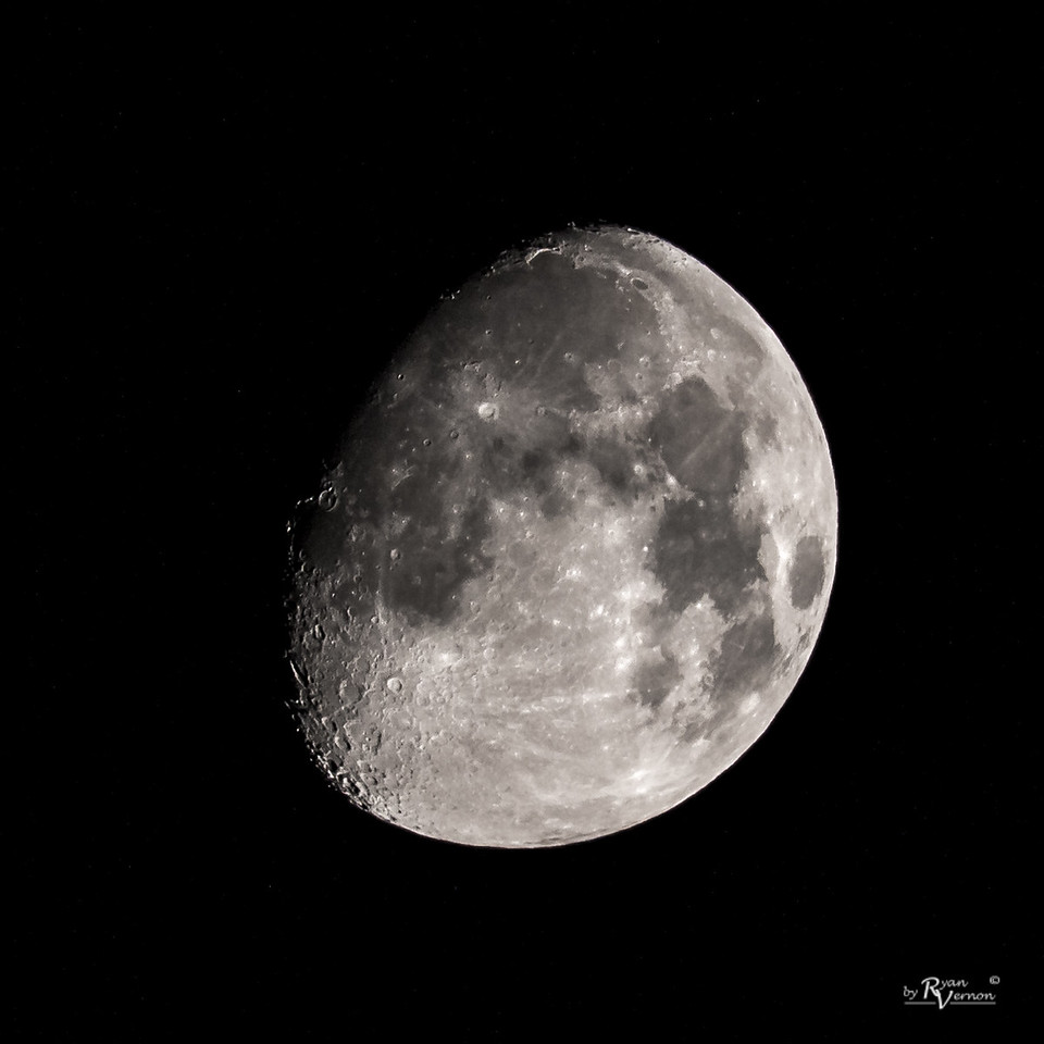 88% illuminated Waxing Gibbous Moon