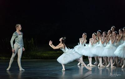 Nicoletta Manni and Timofej Andrijashenko, students of Institut International de Danse Janine Stanlowa