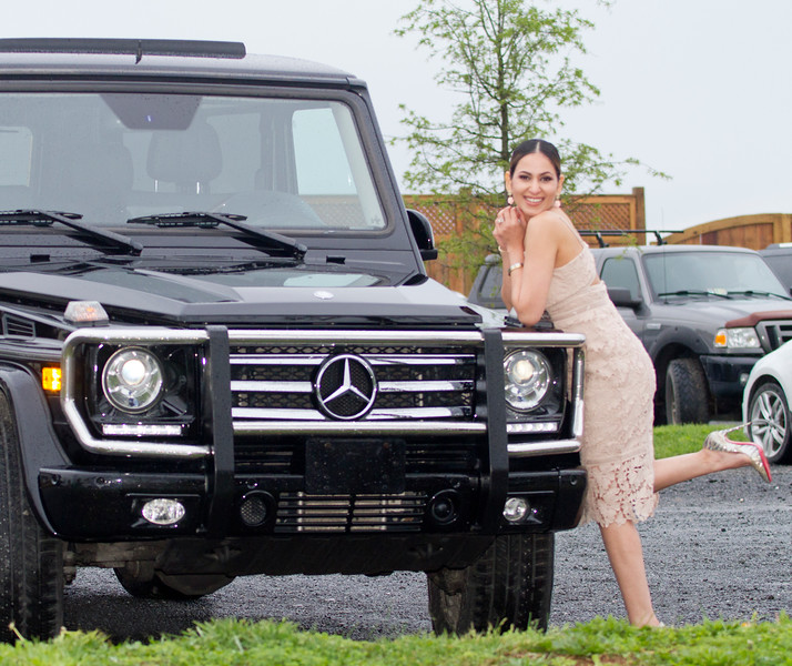 2017 04 Nikki and the Mercedes 04