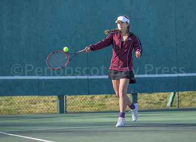Eagle Lindsay Nevin controls her return. Photo by Tate Yoder