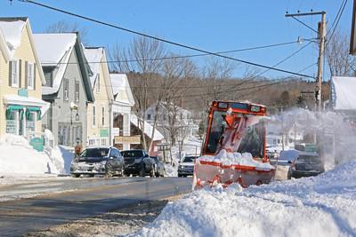 WP-snow-cleanup-snowblower-021617-AB