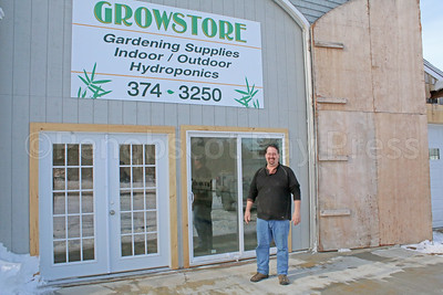 WP-Dan-Brown-grow-store-horizontal-021617-AB