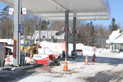 WP-tradewinds-gas-pumps-gone-two--021617-AB