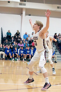 Beckett Slayton takes his defensive stance. Photo by Anne Berleant