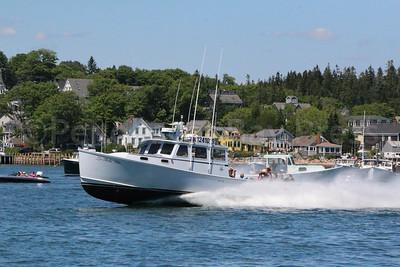 IA_lobster_boat_races_di-s_ex_winner_bella_vita_071317_AB