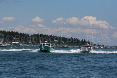 IA_lobster_boat_races_green_boat_071317_AB