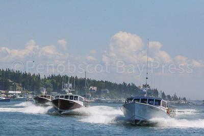 IA_lobster_boat_races_big_boats_071317_AB