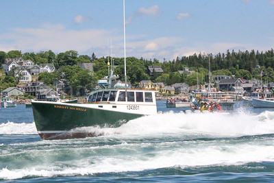 IA_lobster_boat_races_christy_michelle_local_071317_AB