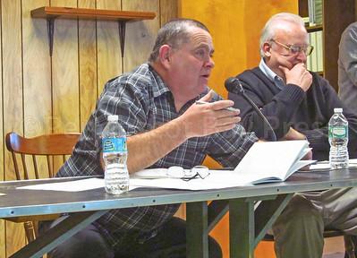 IA-DI-town-meeting-Eaton-030917-ML