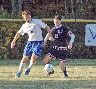 Sports_dis_boys_soccer_v_bc_mason_oliver__101917_JS