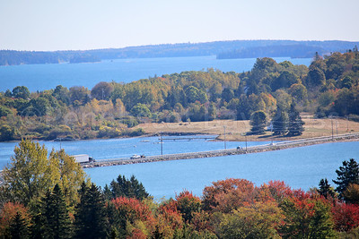 IA_scenics_pine_hill_view_two_101217_AB