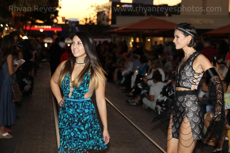 Metropolitan_Fashion_Week_2017_Opening_Ceremony_0028_RR