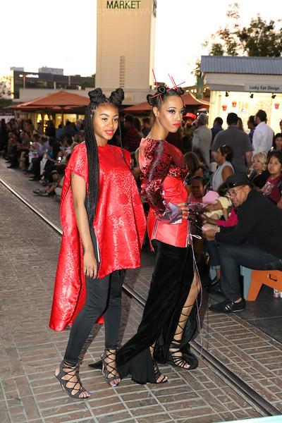 Metropolitan_Fashion_Week_2017_Opening_Ceremony_0040_RR