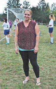 Sports_DIS_girls_soccer_v_sumner_jamie_sullivan_092117_JS