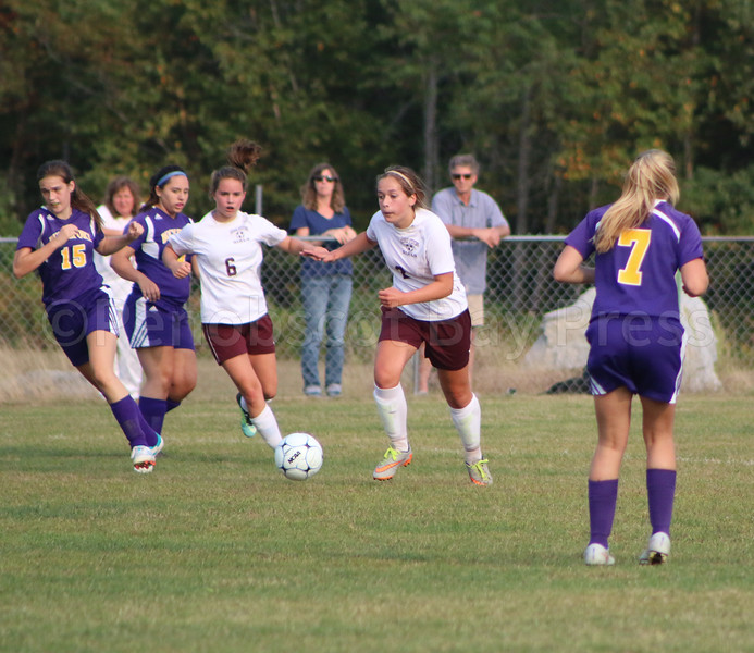 Sports_gsa_girls_soccer_v_Bport_eagle_offense_090717_AB