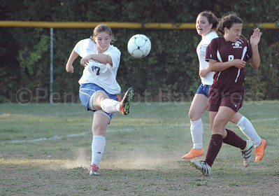 Sports_girls_soccer_dis_v_gsa_mo_clears__092817_JS