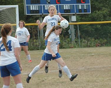 Sports_DIS_girls_soccer_v_searsport_aja_heads_it_away_091417_JS