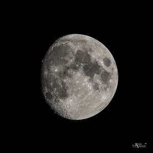 91% Illuminated Waxing Gibbous Moon