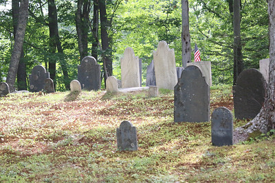 WP_old_cemetery_tour_stones_081618_AB