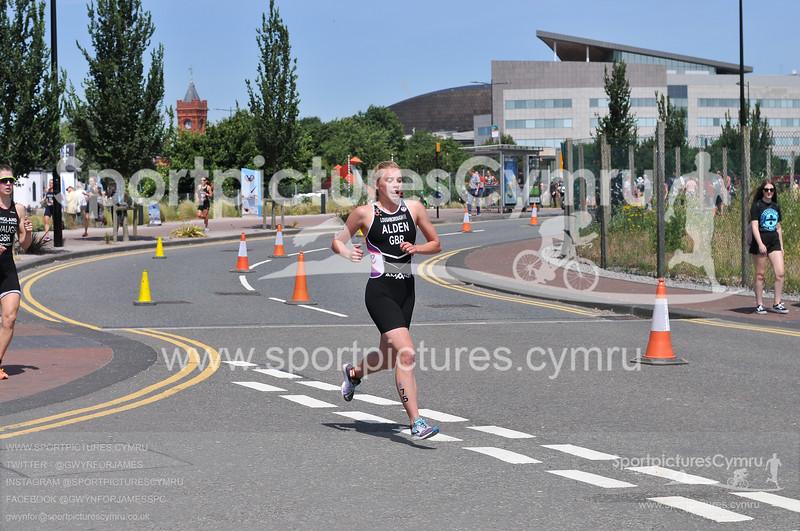 Cardiff Triathlon -3001-D30_4631-CT75