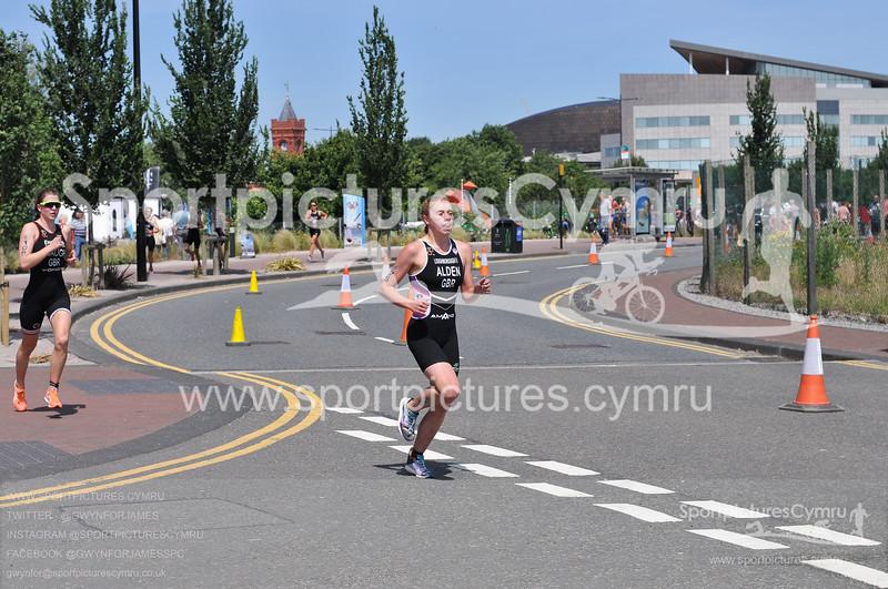 Cardiff Triathlon -3000-D30_4630-CT75