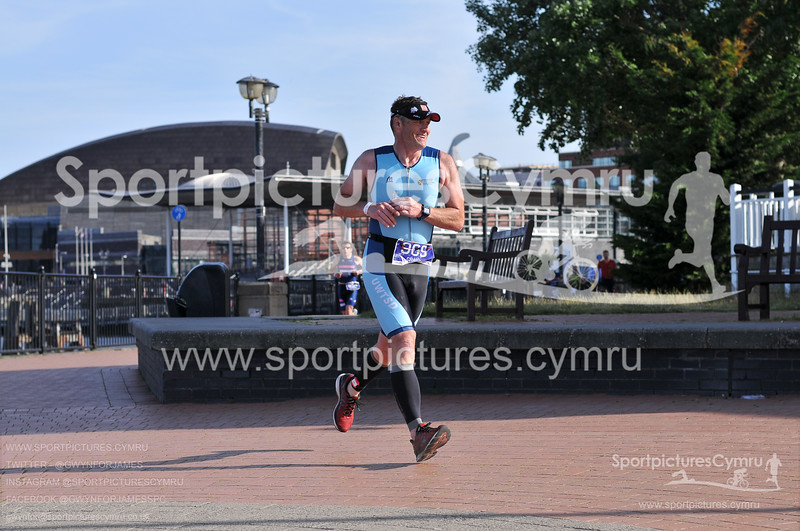 Cardiff Triathlon -3022-D30_1121-No BIB