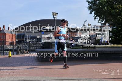 Cardiff Triathlon -3020-D30_1119-No BIB