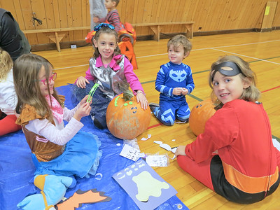 IA_ston_Sppoktacular_kids_110118_MR