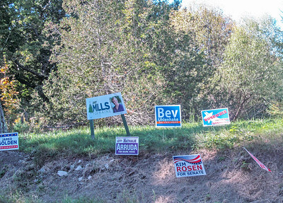 AP_Election_signs_penobscot_100418_AB