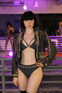 Raging_Runways_Festival_Fashion_Show_C1_0180_RR
