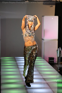 Raging_Runways_Festival_Fashion_Show_C2_0049_RR