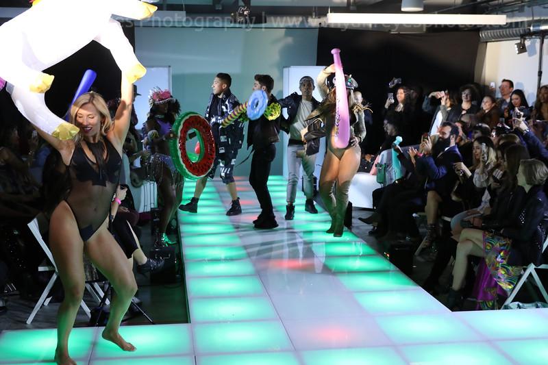 Raging_Runways_Festival_Fashion_Show_C1_0327_RR