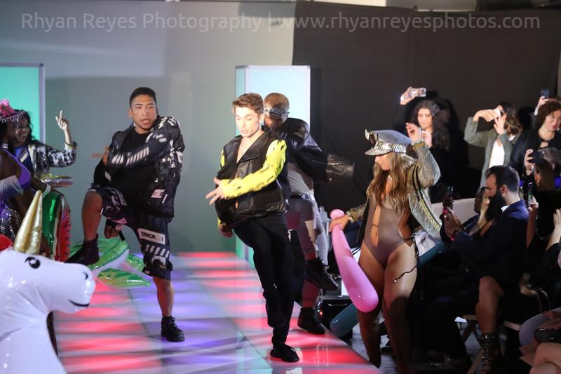 Raging_Runways_Festival_Fashion_Show_C1_0339_RR