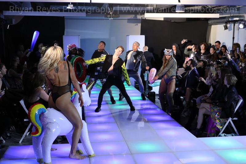 Raging_Runways_Festival_Fashion_Show_C1_0332_RR