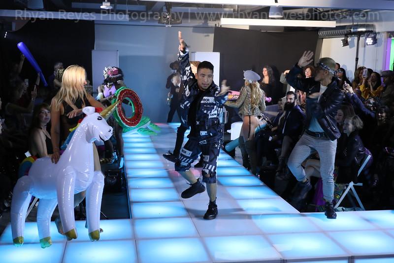 Raging_Runways_Festival_Fashion_Show_C1_0353_RR